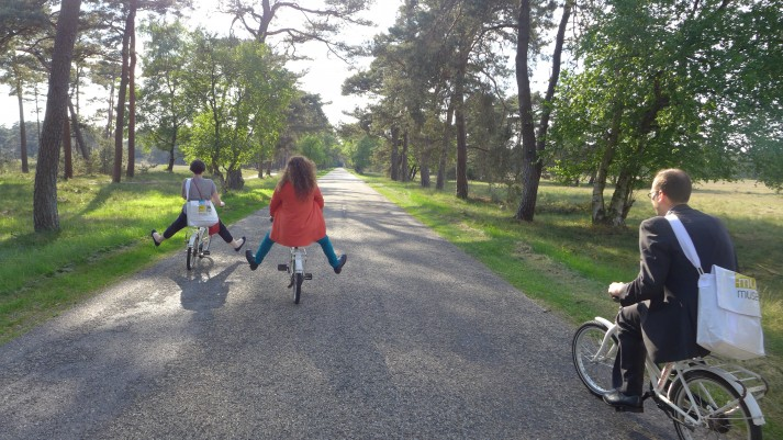 Biking in and out of the De Hoge Veluwe.