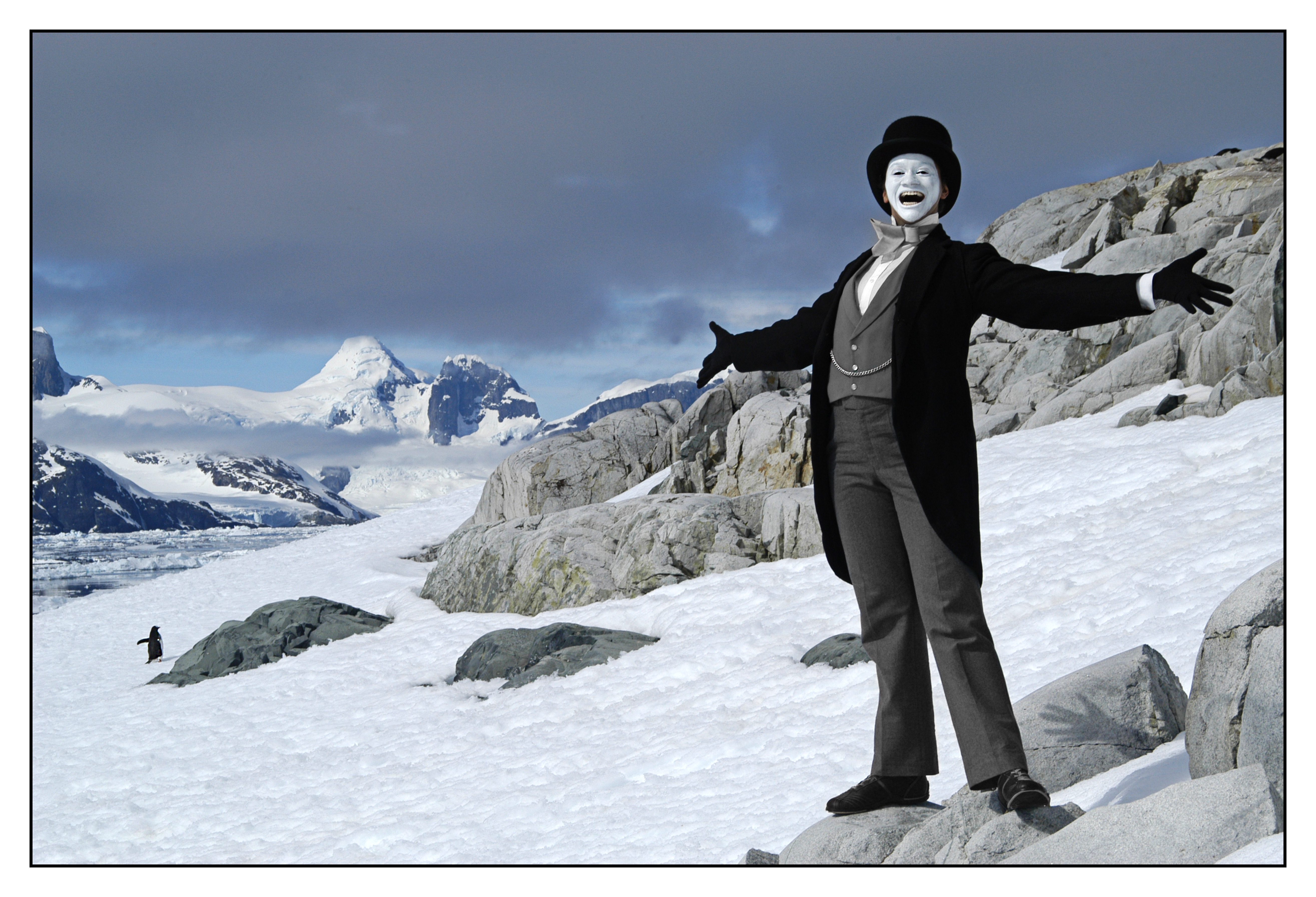 Del LaGrace Volcano, MOJ OF THE ANTARCTIC, OPEN ARMS, ANTARCTICA, 2005, Giclée print, 44 x 53 in. Courtesy of the artist. VoCA. About Face.